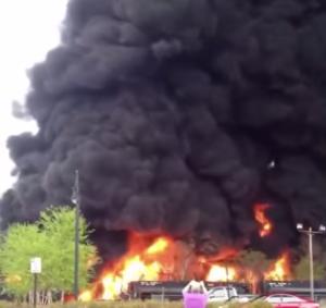 Lynchburg crude oil spill fire